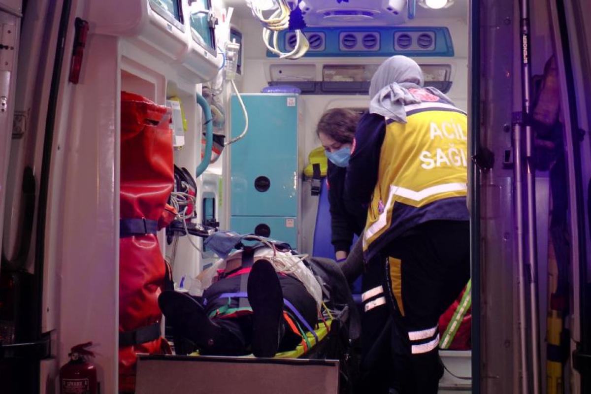 Ataşehir Tem'de feci kaza: 2 yaralı