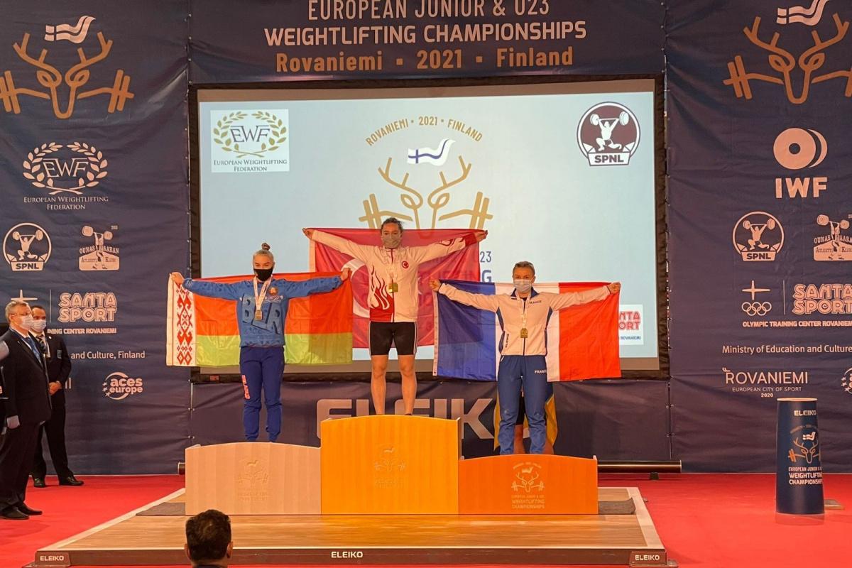 Nuray Levent, 3 Altın madalya ile Avrupa Şampiyonu oldu