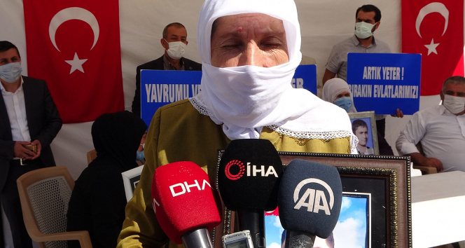 Evlat nöbetindeki anne: Selahattin Demirtaş inşallah hapisten çıkmaz