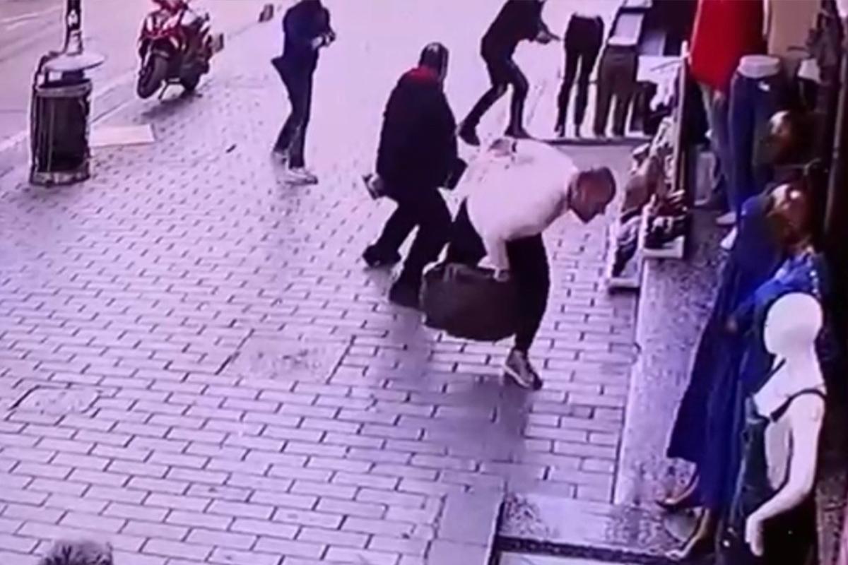 Fatih'te 3 milyon dolarlık gasp girişimi kamerada