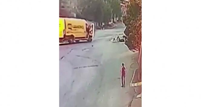 Esenyurtta köpek dehşeti kamerada: 2 yaralı