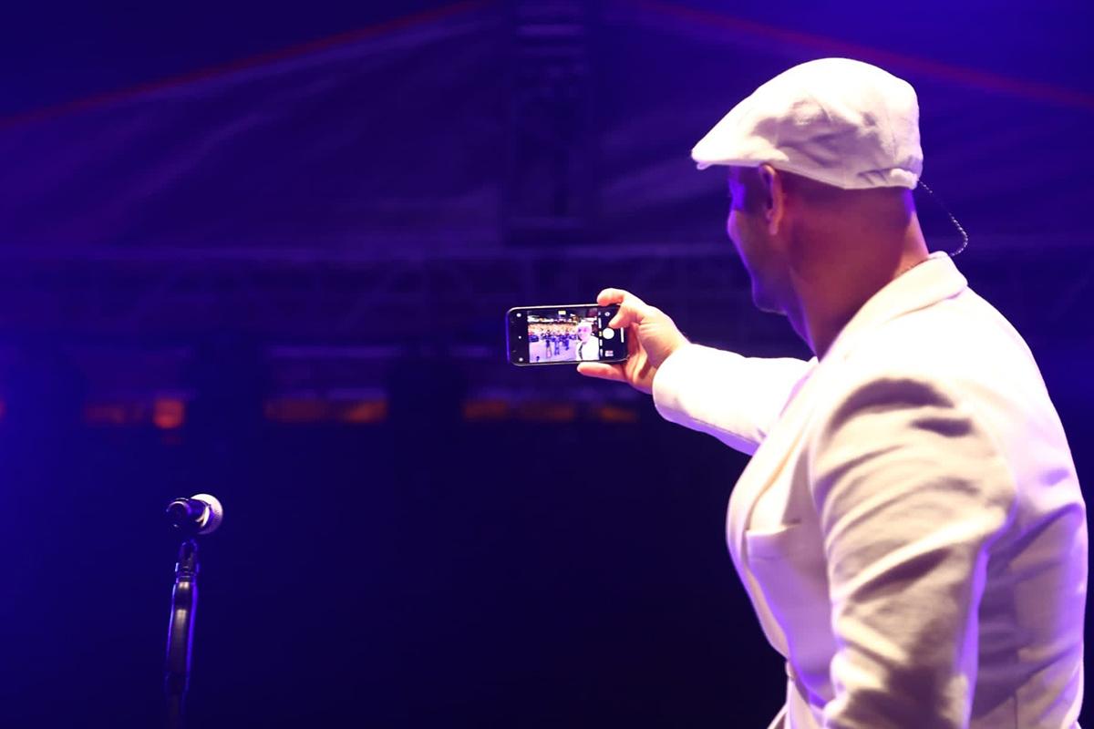Dünyaca ünlü Maher Zain Esenler'de konser verdi