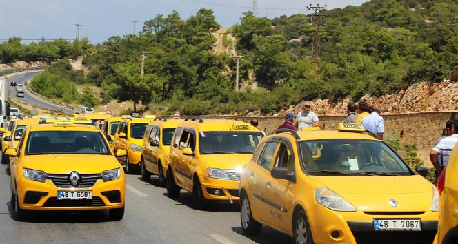 Muğlada ticari taksilere uyarı