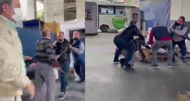 15 Temmuz Demokrasi Otogarında müşteri ile kargocu kavgası kamerada