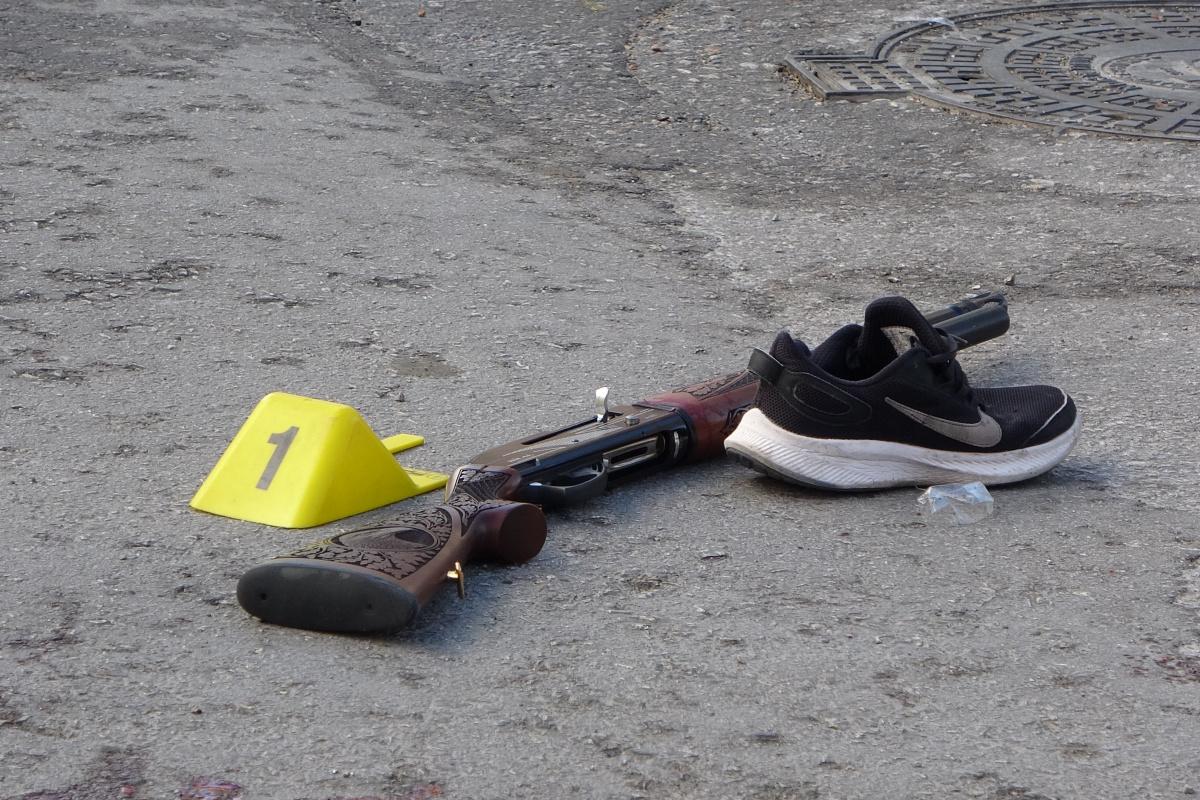İki kardeş arasında çıkan silahlı kavga kanlı bitti: 1 ölü, 1 yaralı