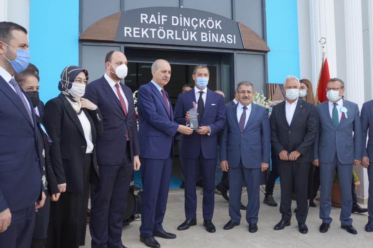 Akkök Holding'ten eğitime destek