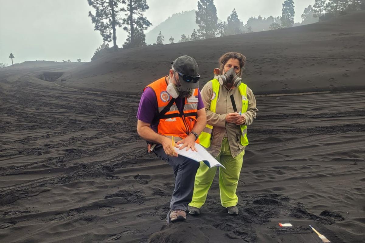 La Palma Adası'nda külden tepeler oluştu