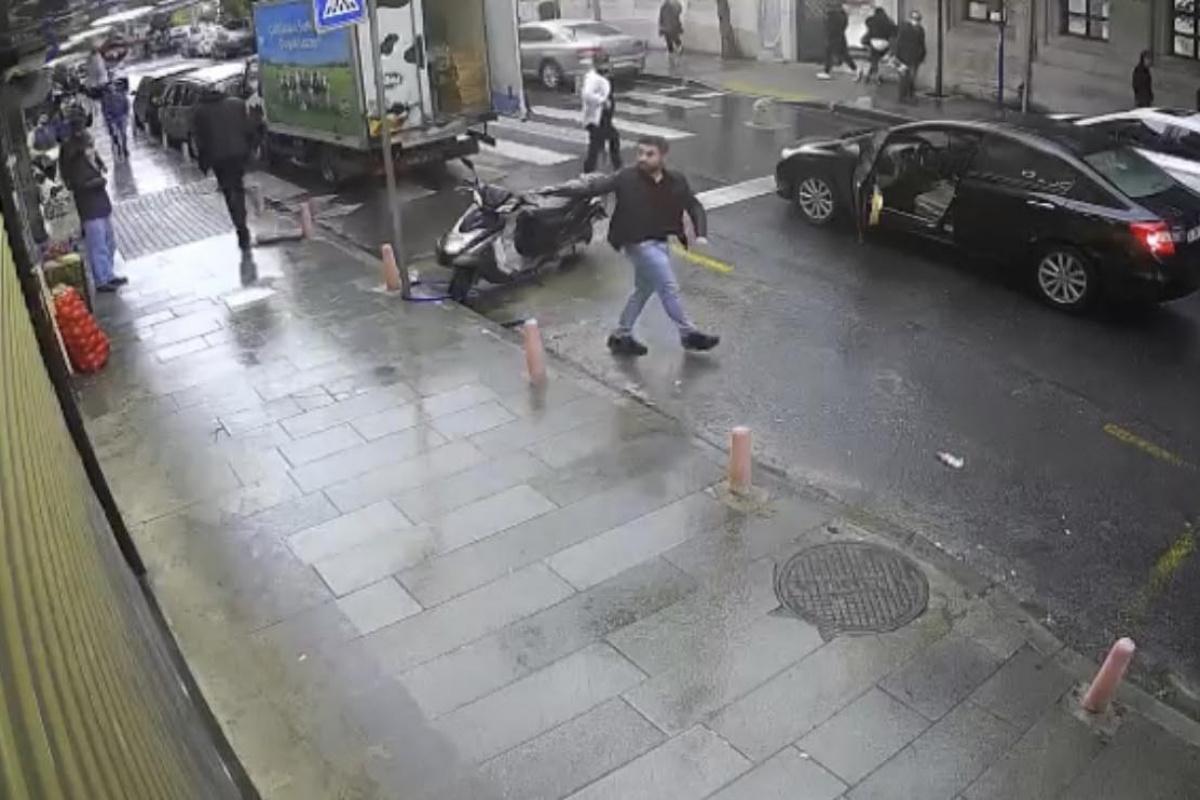 İstanbul'da dehşet anları: Vatandaşların gözü önünde güpegündüz kurşun yağdırdı