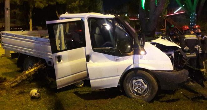 Manisada trafik kazası: 2 ölü