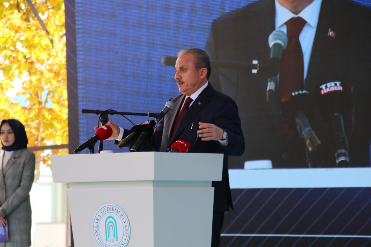 """TBMM Başkanı Şentop: """"Türkiye'de vesayetçi sistem dediğimiz sistem, parlamenter sistem içerisinde kolay işliyor"""""""