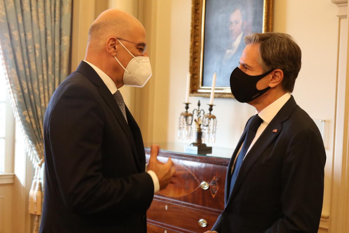 """ABD ve Yunanistan arasındaki """"Karşılıklı Savunma İşbirliği Anlaşması"""" yenilendi"""