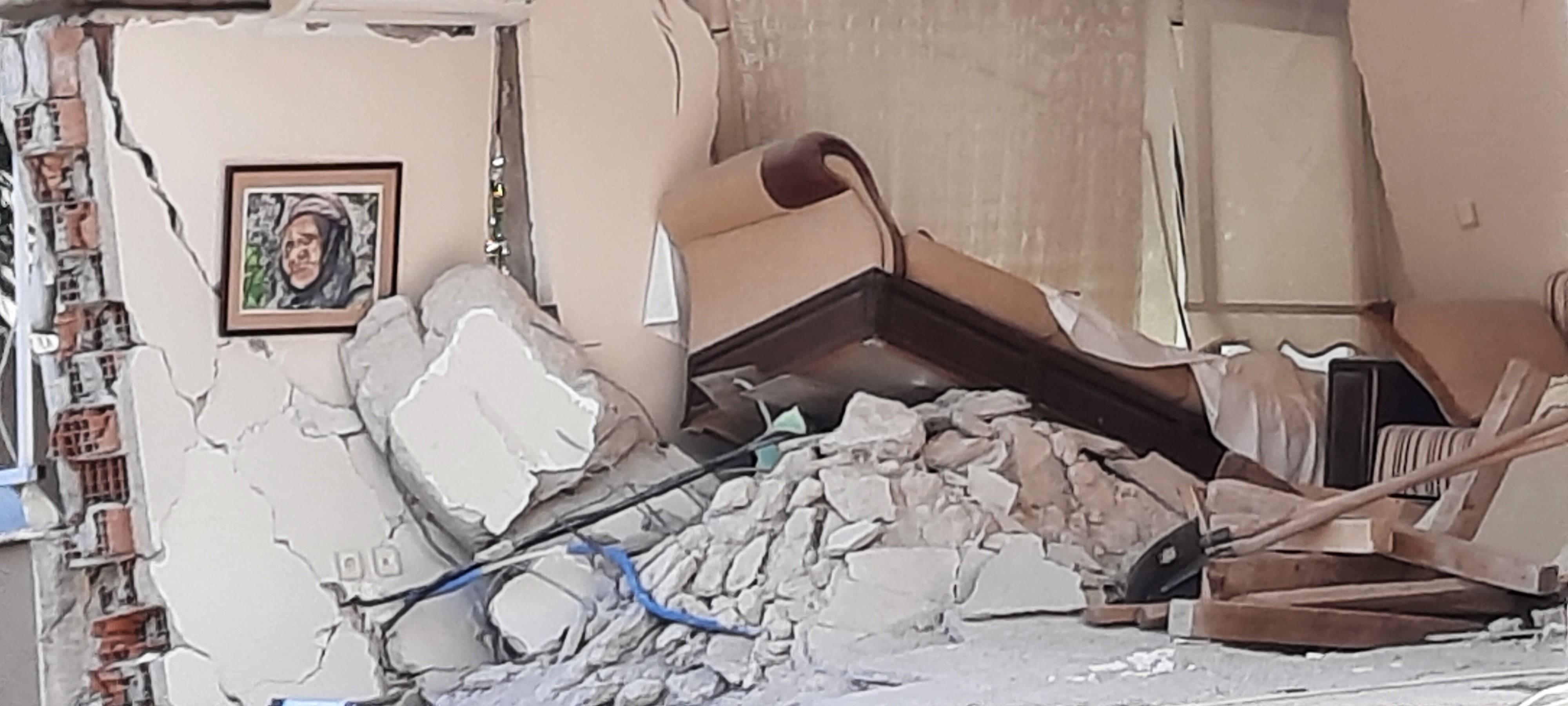 Yan yatan 3 binadaki 7 cansız bedenin yerini hassas burunlu 'Pelte'  belirledi   Düzce TV