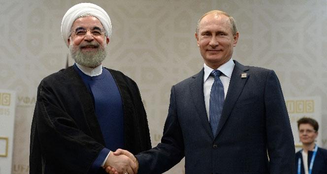 Putin Ruhani ile bir araya geldi