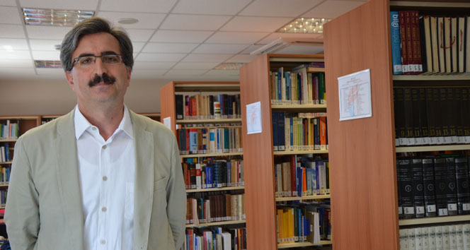 Türkiye ile İslam Dünyası'nın bağı koparılmaya çalışılıyor