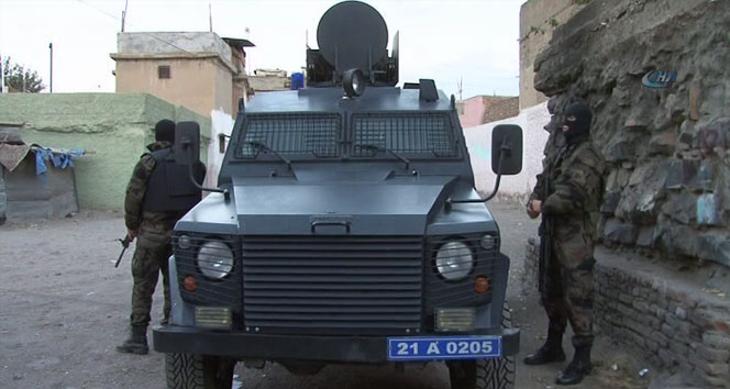 Diyarbakır'da şafak operasyonu: 53 gözaltı