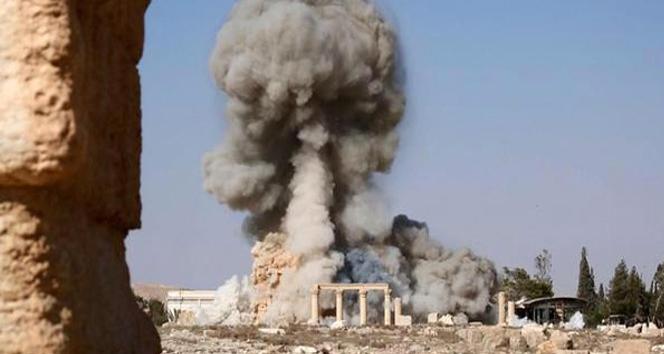 IŞİD, Palmira'da bir tapınağı daha havaya uçurdu