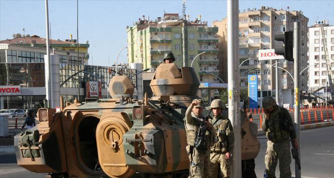 Diyarbakıra 5 tabur asker sevk edildi