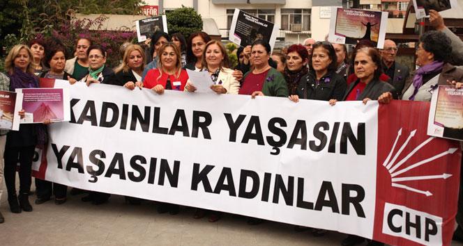 CHP'li kadınlar, kadına şiddeti protesto etti