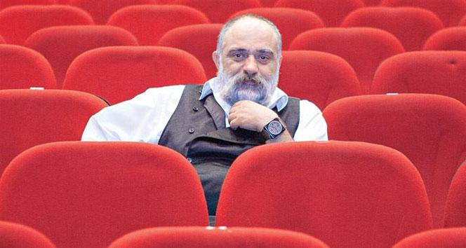 Mehmet Çevik: 'Sınıfı geçmek için tiyatrocu oldum'