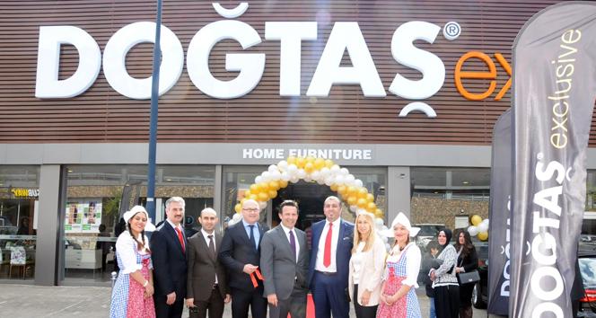Avrupanın En Büyük Türk Mobilya Mağazası Açıldı